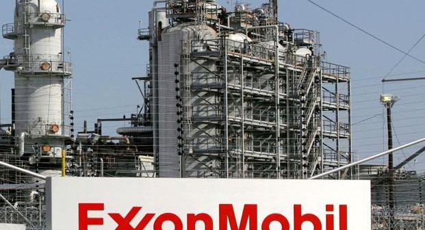 Exxon Mobile Corp (NYSE:XOM) Stops Drilling Arctic Oil Due To Sanctions