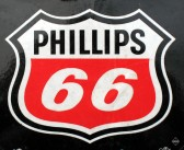 Phillips 66 (NYSE:PSX) Reports Double Earnings while the Company's Revenue Goes Down